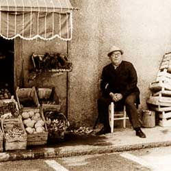 The shops of last century.The vegetable store
