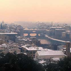 Firenze: View of the city under the snow